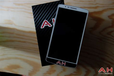 International Giveaway: Win a LG G3 from dbrand and
