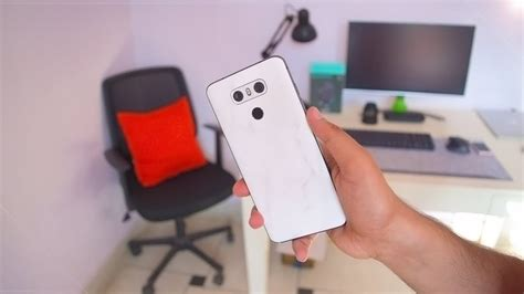 DBRAND MARBLE SKIN REVIEW - YouTube