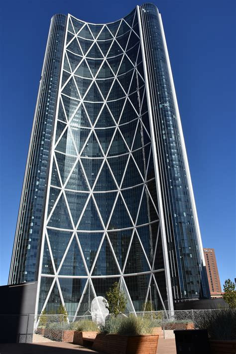 Why Some Buildings Use a Diagrid Structural Framework