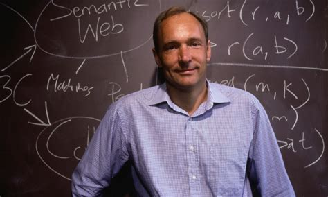 Tim Berners-Lee urges Britain to fight 'snooper's charter