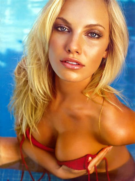 Pictures of Ashley Hartman - Pictures Of Celebrities